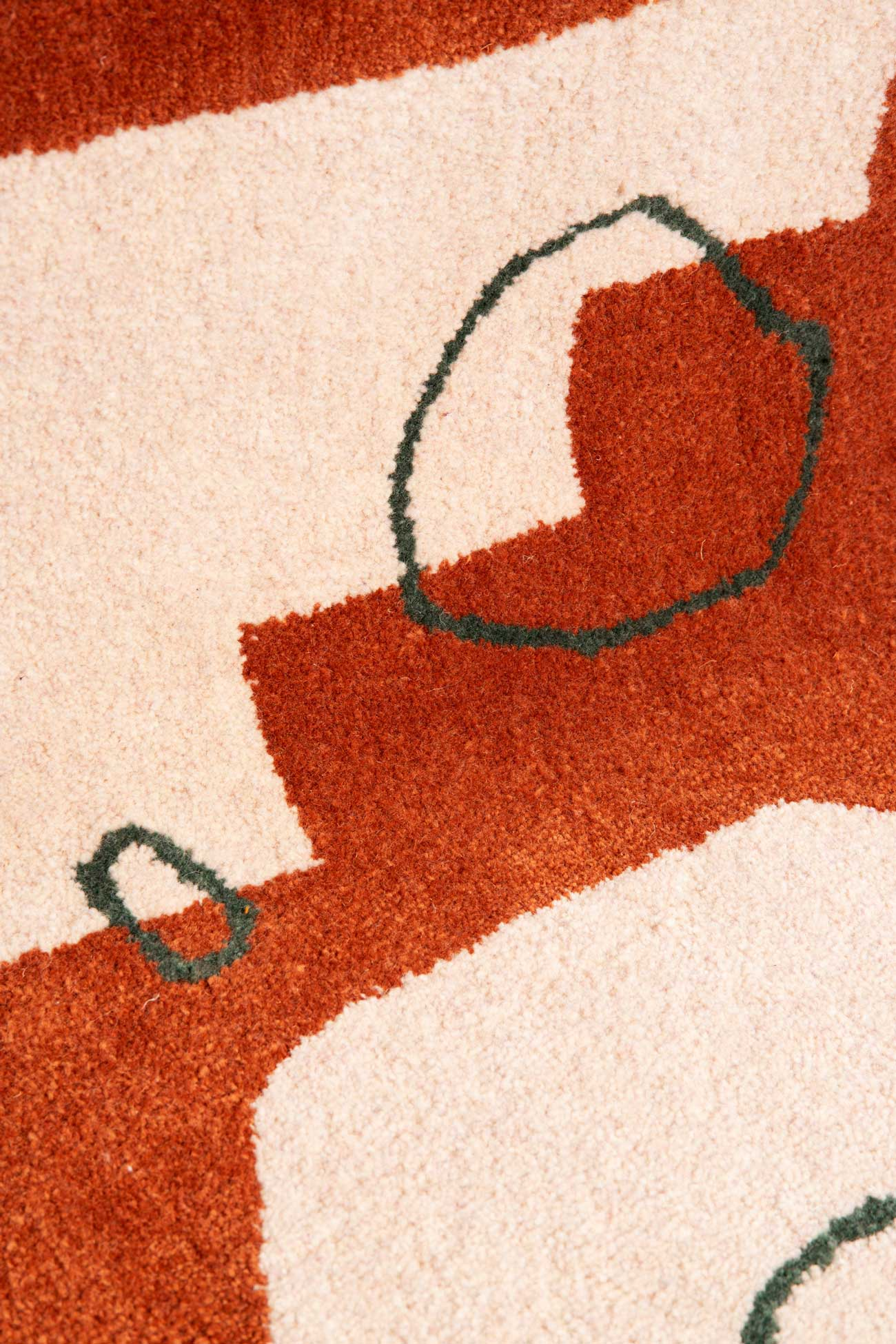 studio mirte van kooten hand tufted glow rug 04
